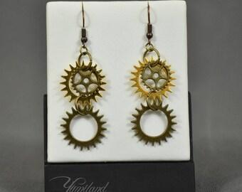 Handmade copper steampunk earrings with gears and cogs - Yen | Steampunk Cogs | Steampunk gears | Steampunk Jewellery