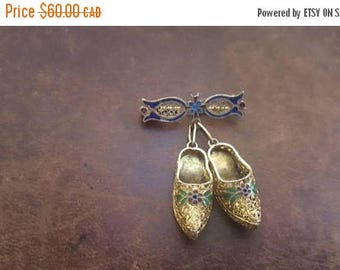 ON SALE Vintage Silver Filigree and Enamel Clogs Brooch