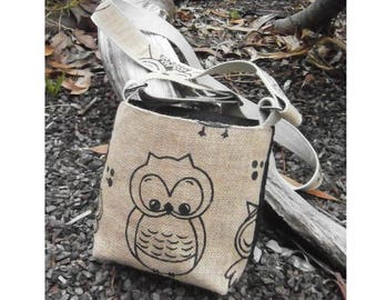 Shoulder or Crossbody Bag/Purse - Owl Fun - Hessian design fabric, handbag or purse, adjustable straps
