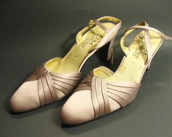 Vintage 9.2.5 PM Collection Women Shoes Size 8 1/2 M Heels Strap
