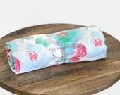 Organic cotton muslin wrap / summer baby swaddle / light weight baby blanket / Organic sweet pea / capsule cover / pram cover