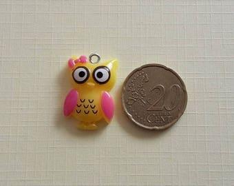 Yellow and pink OWL or OWL charm. Kawaii, anime