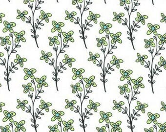 Emerald Sky Laurels by Ellen Crimi-Trent y1885-1 green and white leaves quilting cotton woven fabric clothworks green blue