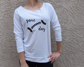 Game Day Football Sweater. Game Day Sweater. Customized Football Shirt. Women's Football Shirt. Sport . Gift . Gameday . Sunday Funday Shirt