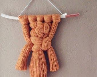 Golden Brown Hanging, Macrame