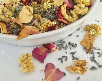 MIXED dried flower confetti of dried flowers, potpourri, wedding, floral, flowers, dried flowers confetti