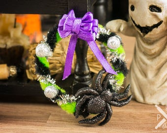 Spider Halloween Wreath - 1:12 Dollhouse Miniature