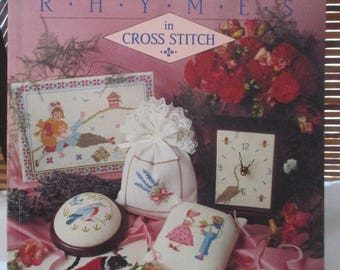 Nursery Rhymes in Cross Stitch Favourite Nursery Rhyme Characters (1991)