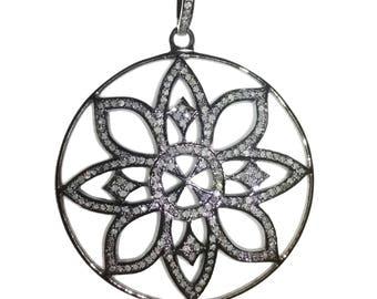 Flower Pave Diamond Pendent