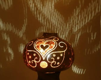 Decorative lamp with gourd