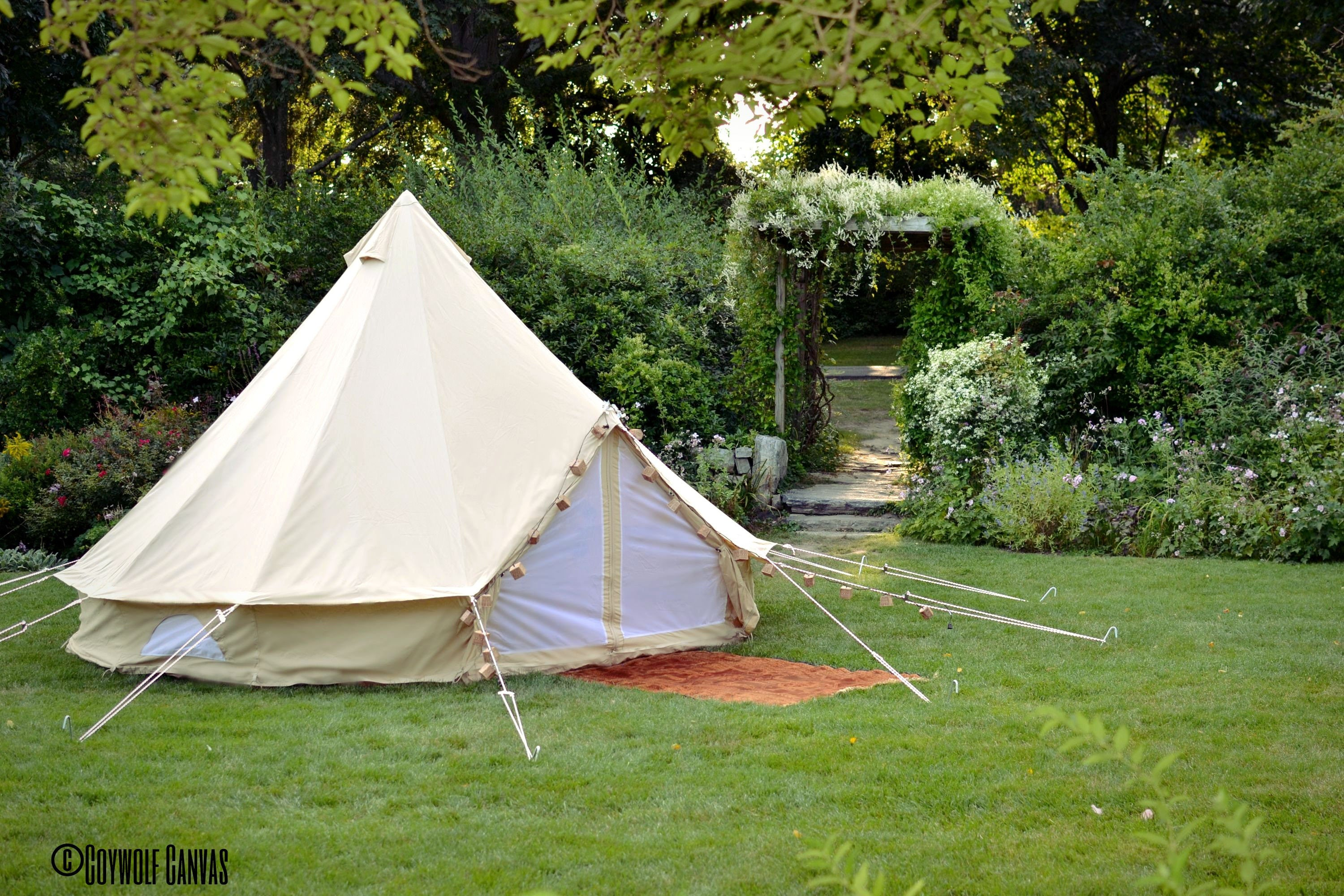 Canvas Bell Tent 16 ft round Festival Tent-Yurt-Bohemian Style-Garden boho style chicweddings & Canvas Bell Tent 16 ft round Festival Tent-Yurt-Bohemian Style ...