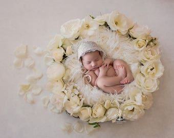 Newborn Digital Backdrop/ Prop / Photography /  White Roses wreath   (White)