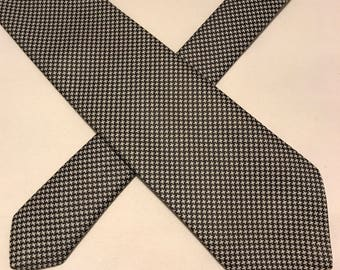 Vintage Akco silver and black polyester tie