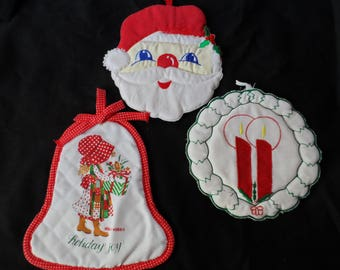 FREE Shipping in USA Christmas Potholders Holly Hobbie, Santa, Wreath and Candles  1759