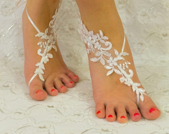 Barefoot sandles, Ivory Lace barefoot sandals, beach wedding shoes, wedding lace shoes, bridesmade gift, beach shoes