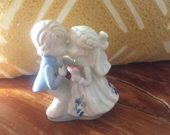 Vintage Hand-Painted Bisque Porcelain Kissing Bride and Groom Wedding Cake Topper Figurine - Shabby Chic-Style Wedding Decor