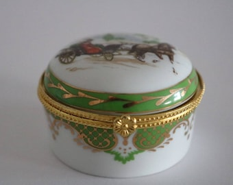 Vintage green and gold Porcelain hinged Trinket box.  In very good condition. Horse and carriage
