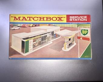 Matchbox BP vintage service station, Made in England, 1960's