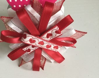Red and white Circular hair bow