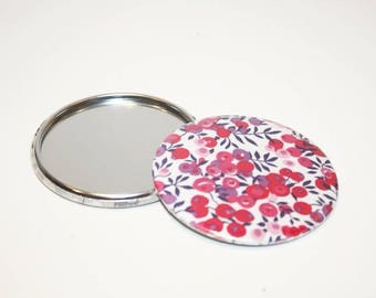 Liberty Wilshire red 75 mm Pocket mirror