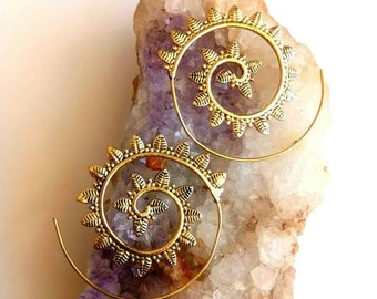 Brass Spiral Earrings. Brass Tribal Earrings. Boho Earrings. Gypsy Hoop Earrings. Ethnic Earrings. Indian Jewelry.