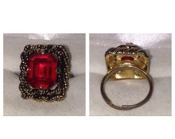 On Sale Sarah Coventry Red Stone Ring