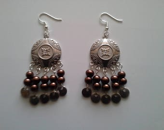 ethnic earrings silver and Brown