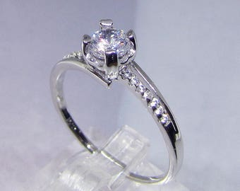 Zirconium size 52 silver Solitaire ring