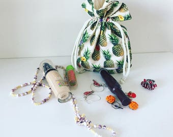 Double pineapple fabric makeup bag