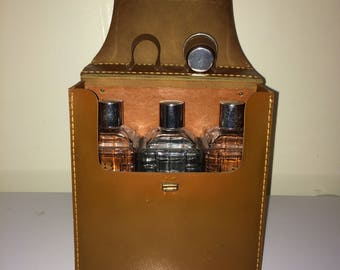 Vintage travel bar, travel decanters, scotch decanter, rye decanter, bourbon decanter, faux leather case, set of 3 decanters in travel case