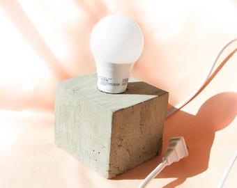 Desk Lamp - Concrete Lamp - Concrete cube desk lamp - Edison Lamp