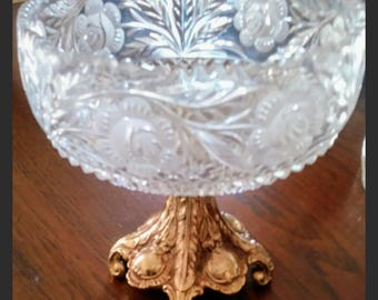 Crystal bowl with gold pedestal