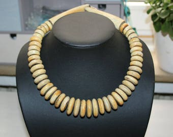 Necklace, neck jewellery, necklace, horn beads, solid, Nepal chain, length 49 cm