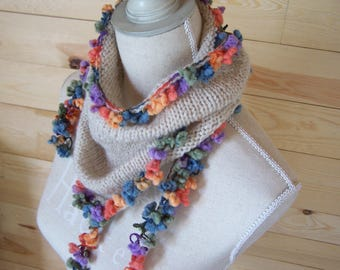 """DAHLIA"" scarf scarf with multicolored PomPoms"