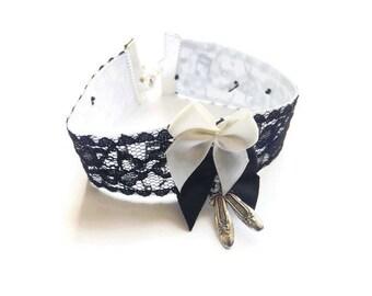 """Bracelet rétro lolita dentelle blanc et noir danse, """"La danseuse timide"""""""