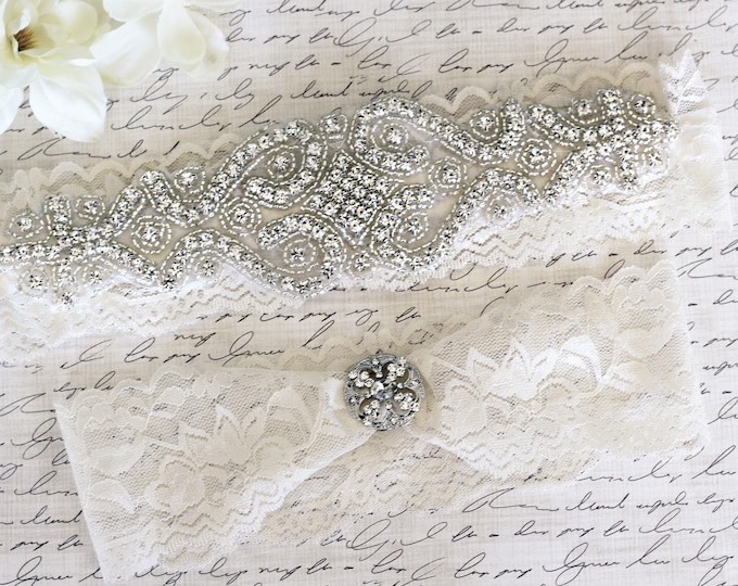 Ivory Wedding Garter, Cinderella garter, princess garter Set NO SLIP grip vintage rhinestones