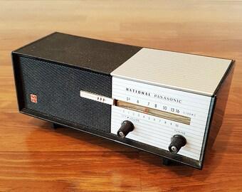 Vintage 1965 Tabletop National Panasonic Model R-8 Six Transistor AM Radio, Bedside Radio, in Working Condition