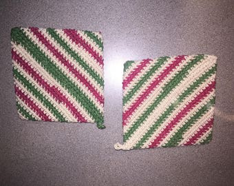 Christmas red, cream and green double sided crochet pot holders / hot pad