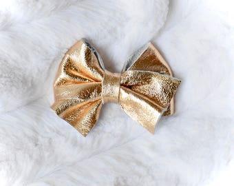 Gold Twist Bow