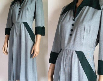 1940s/50s pointed collar dress