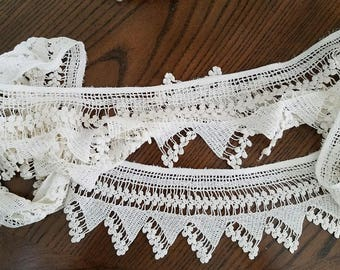 Lace – Beautiful Vintage Crochet Strip - 3-1/2 Inches Wide  by 3 Yards, 4 Inches Long