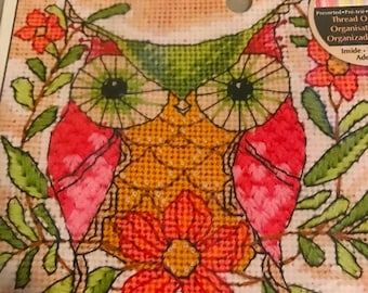 PRE-SUMMERSALE Dimensions Whimsical Owl in Needlepoint kit