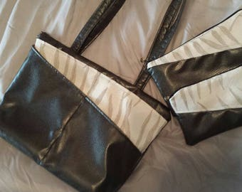 Bamboo vegan leather bag purse with lampwork bead zipper pull comes with 2 pouches