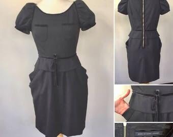 Marc Jacobs black sheath Dress, cap sleeves, designer dress, with pockets, exposed zipper back, velvet trim detail, bow tie waist, shift