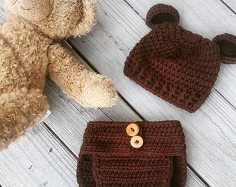 Baby bear crochet set