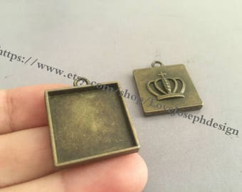 20 Pieces /Lot Antique Bronze Plated 20mmx20mm square crown cabochon trays charms (#0236)