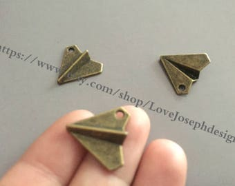 wholesale 100 Pieces /Lot Antique Silver & Bronze Plated 17mmx19mm Paper airplane Charms (#0466)