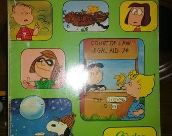 1975 It's A Mystery Charlie Brown Book