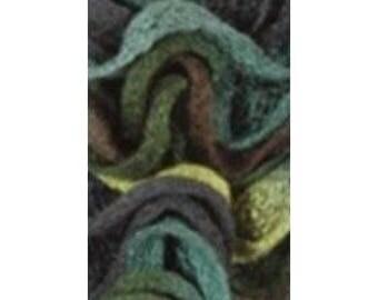 1 ball of yarn CAN CAN LAMMY Green Ribbon scarf