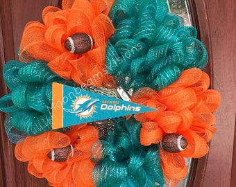 MADE to Order / Miami Dolphins wreath, NFL wreath, NFL decor, football wreath, football decor, outdoor wreath, Miami dolphins fan